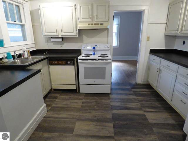 1006-1 Jefferson Avenue #1, Traverse City, MI 49684 (MLS #1884244) :: Boerma Realty, LLC