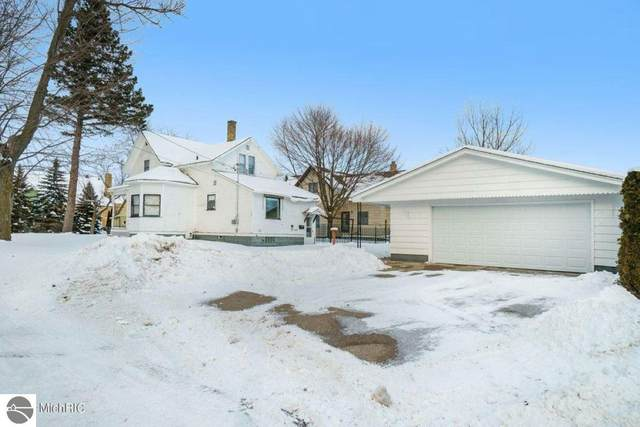 703 Hopkins Street, Manistee, MI 49660 (MLS #1884282) :: Michigan LifeStyle Homes Group