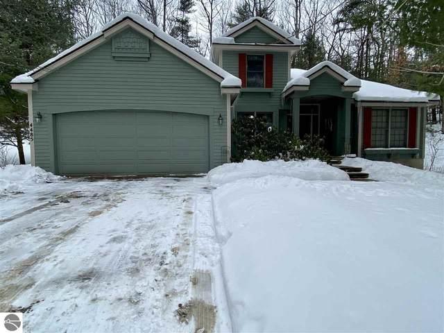 4485 Audubon Drive, Traverse City, MI 49686 (MLS #1884366) :: Boerma Realty, LLC