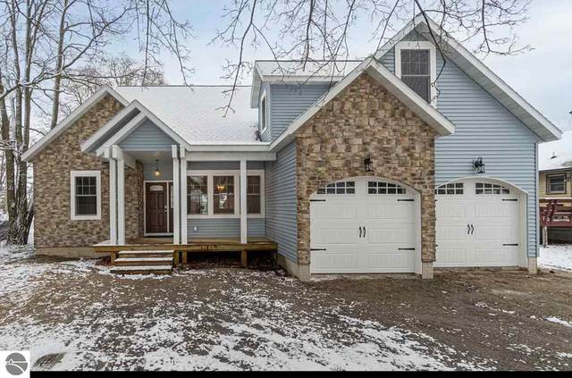 517 Cedar Street, Elk Rapids, MI 49629 (MLS #1884377) :: Boerma Realty, LLC