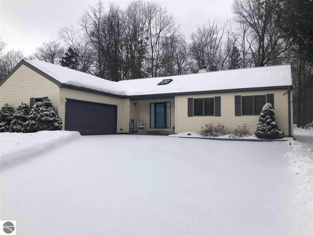 121 Argus Court, Roscommon, MI 48653 (MLS #1884386) :: Boerma Realty, LLC