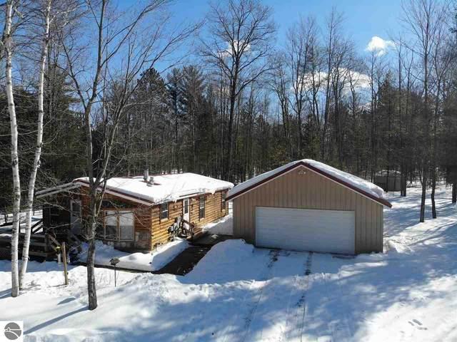 2142 NE White Pine Drive, Kalkaska, MI 49646 (MLS #1884407) :: Michigan LifeStyle Homes Group