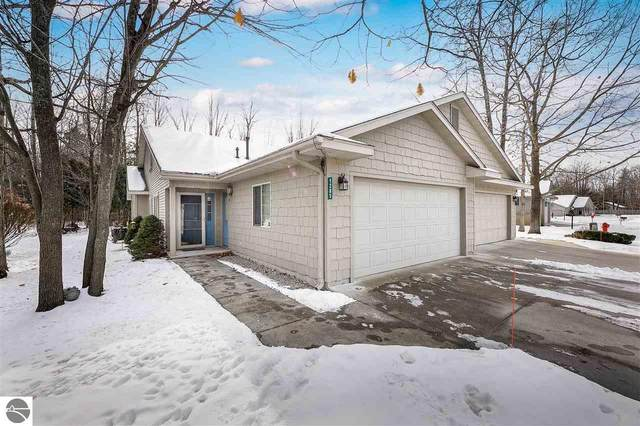 1285 Terrace Bluff Drive, Traverse City, MI 49686 (MLS #1884438) :: Team Dakoske | RE/MAX Bayshore