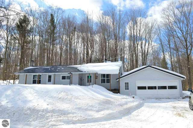 11676 NE Twin Lake Road, Kalkaska, MI 49646 (MLS #1884460) :: Team Dakoske | RE/MAX Bayshore