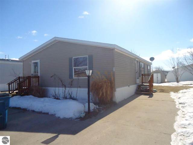 5478 E Clover Lane, Mt Pleasant, MI 48858 (MLS #1884539) :: Boerma Realty, LLC