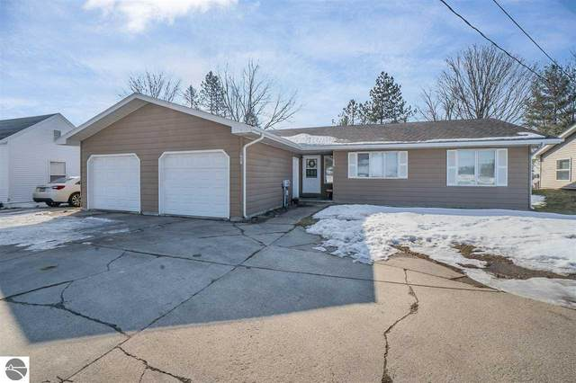 1605 W Pickard Street, Mt Pleasant, MI 48858 (MLS #1884635) :: Team Dakoske | RE/MAX Bayshore