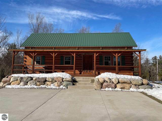 15984 Betsie River Drive, Thompsonville, MI 49683 (MLS #1884653) :: Michigan LifeStyle Homes Group