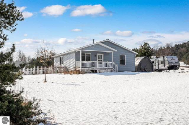 7996 E Timberwoods Drive, Traverse City, MI 49684 (MLS #1884691) :: Michigan LifeStyle Homes Group