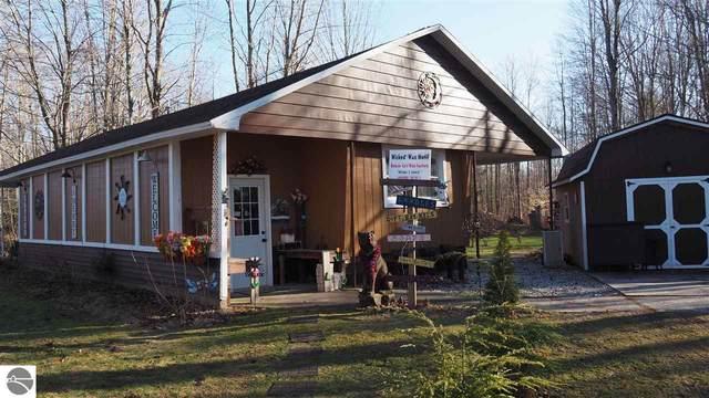 7101 Cadillac Highway, Benzonia, MI 49616 (MLS #1884946) :: Michigan LifeStyle Homes Group