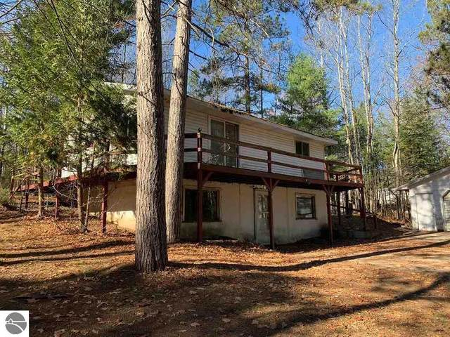 6300 S Seeley Road, Cadillac, MI 49601 (MLS #1884958) :: Boerma Realty, LLC