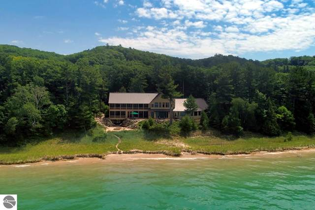 1200 S Manitou Trail, Lake Leelanau, MI 49653 (MLS #1884970) :: Michigan LifeStyle Homes Group