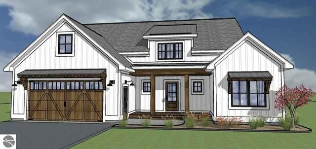 6495 Dunns Farm Road, Maple City, MI 49664 (MLS #1885293) :: Boerma Realty, LLC