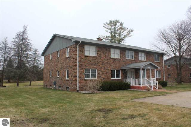 6003 Golfcrest Drive #6, Williamsburg, MI 49690 (MLS #1885411) :: Boerma Realty, LLC