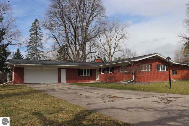 2785 Warwick, Saginaw, MI 48603 (MLS #1885486) :: Boerma Realty, LLC
