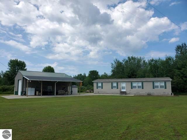 8811 Pine Creek Road, Manistee, MI 49660 (MLS #1885509) :: Boerma Realty, LLC