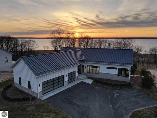 15939 Waters Edge Drive #36, Traverse City, MI 49686 (MLS #1885511) :: Michigan LifeStyle Homes Group