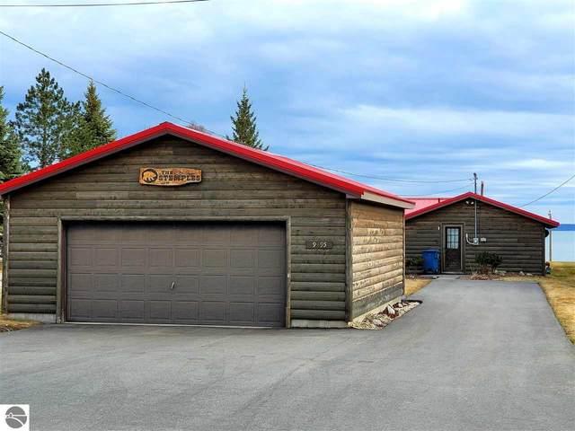 9495 E Houghton Lake Drive, Houghton Lake, MI 48629 (MLS #1885515) :: Boerma Realty, LLC