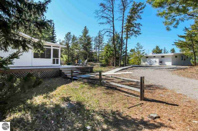 7566 W Harbor Highway, Glen Arbor, MI 49636 (MLS #1885533) :: Michigan LifeStyle Homes Group