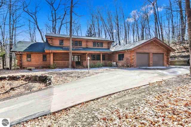 2293 Twin Eagles Drive, Traverse City, MI 49686 (MLS #1885558) :: Michigan LifeStyle Homes Group
