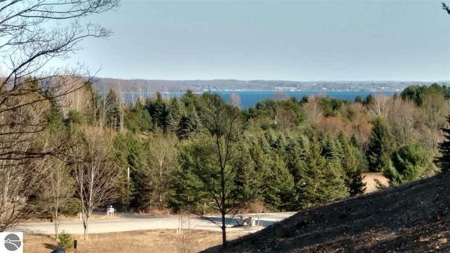 5822 S Calle Court, Suttons Bay, MI 49682 (MLS #1885655) :: Michigan LifeStyle Homes Group
