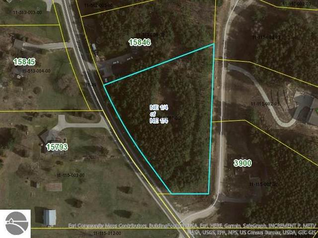 15810 Smokey Hollow, Traverse City, MI 49686 (MLS #1885726) :: Boerma Realty, LLC