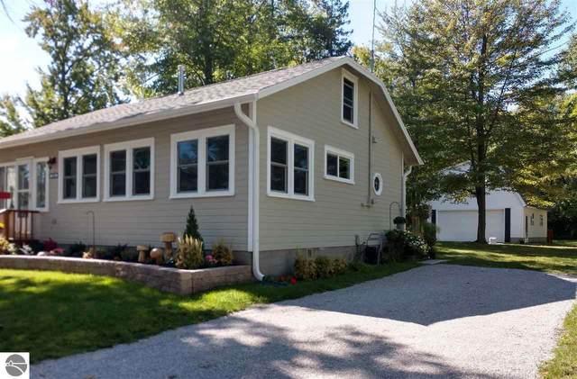 840 Millers Park, Elk Rapids, MI 49629 (MLS #1885865) :: CENTURY 21 Northland
