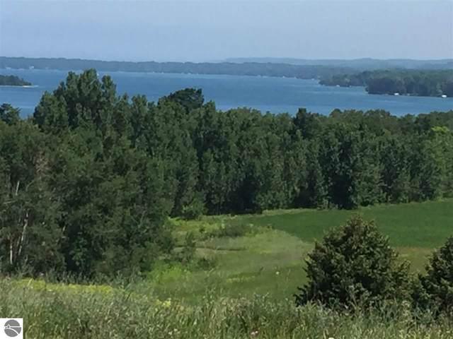 4819 E Water View Drive, Lake Leelanau, MI 49653 (MLS #1885914) :: Boerma Realty, LLC