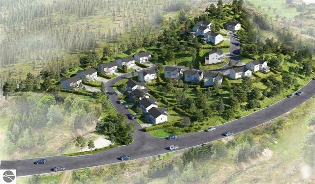 13948 S Winding Trail, Traverse City, MI 49684 (MLS #1885957) :: Michigan LifeStyle Homes Group