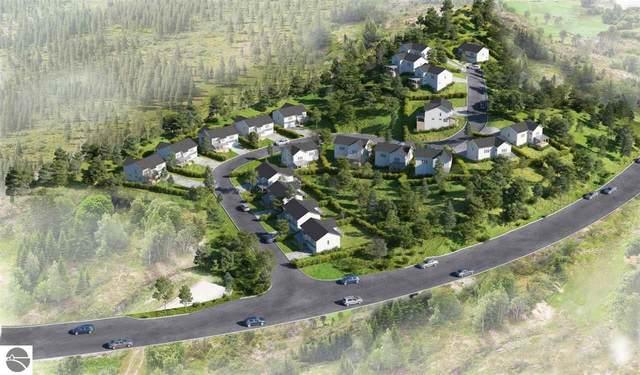 13935 S Winding Trail, Traverse City, MI 49684 (MLS #1885966) :: Michigan LifeStyle Homes Group