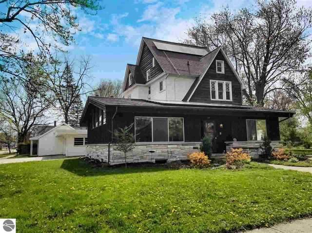 220 N Kinney, Mt Pleasant, MI 48858 (MLS #1886025) :: Brick & Corbett