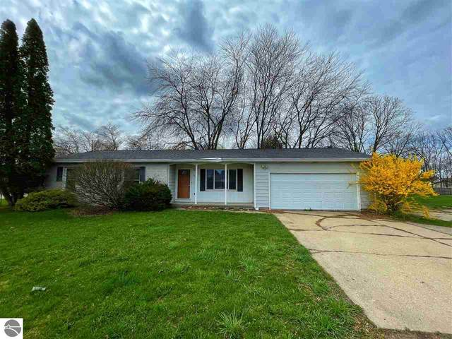 2700 S Isabella Road, Mt Pleasant, MI 48858 (MLS #1886051) :: Boerma Realty, LLC