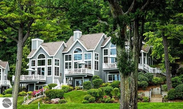 1A Beals House, Glen Arbor, MI 49636 (MLS #1886093) :: CENTURY 21 Northland