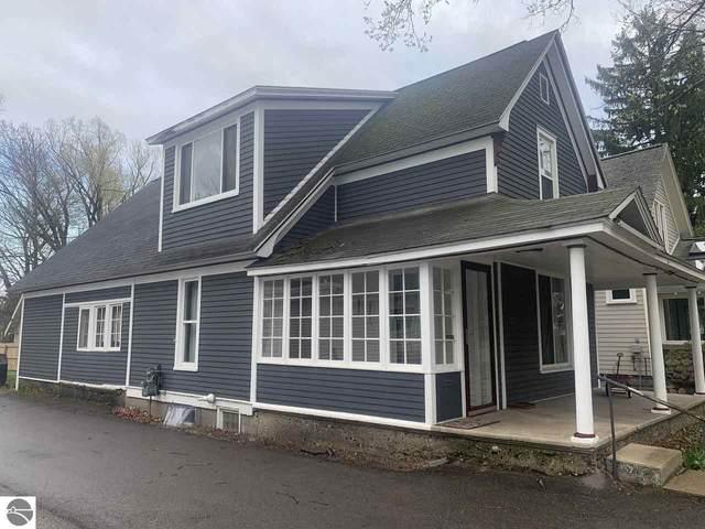 217 S Spruce Street, Traverse City, MI 49684 (MLS #1886106) :: Michigan LifeStyle Homes Group