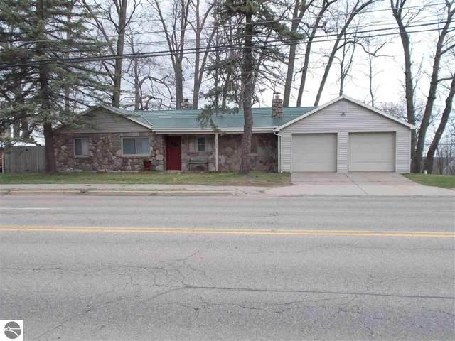 5134 W Houghton Lake Drive, Houghton Lake, MI 48629 (MLS #1886128) :: CENTURY 21 Northland