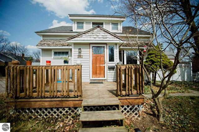812 Randolph Street, Traverse City, MI 49684 (MLS #1886221) :: Brick & Corbett