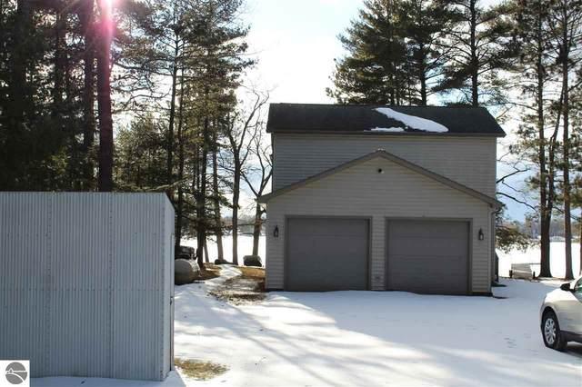 6325 Woodland Drive, Oscoda, MI 48750 (MLS #1886222) :: Michigan LifeStyle Homes Group
