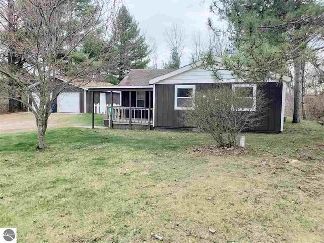 497 Townline Road, Tawas City, MI 48763 (MLS #1886230) :: Michigan LifeStyle Homes Group