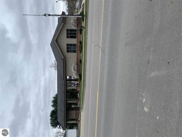 259 W Main Street, Nw, Farwell, MI 48622 (MLS #1886305) :: Team Dakoske | RE/MAX Bayshore
