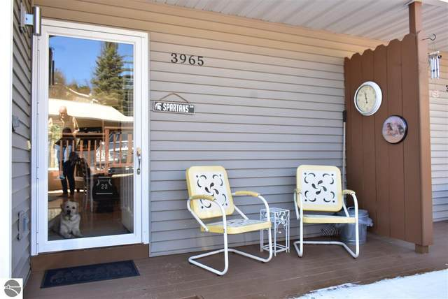 3965 Sherwood Forest Drive #16, Traverse City, MI 49686 (MLS #1886413) :: Michigan LifeStyle Homes Group