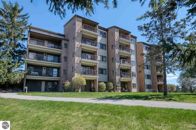 5050 Valley Way Drive, Williamsburg, MI 49690 (MLS #1886490) :: Michigan LifeStyle Homes Group