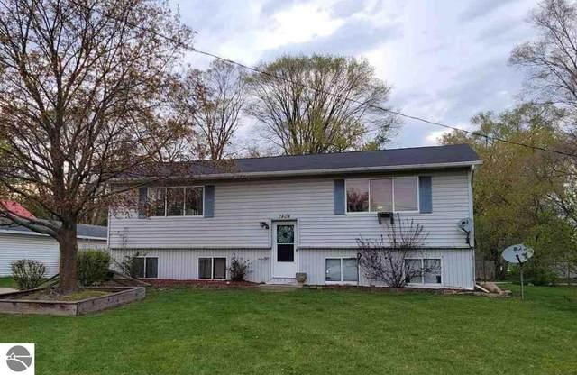1404 Burch Street, Mt Pleasant, MI 48858 (MLS #1886572) :: Michigan LifeStyle Homes Group