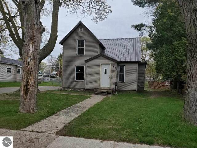 812 N Pine  Avenue, Alma, MI 48801 (MLS #1886641) :: Boerma Realty, LLC