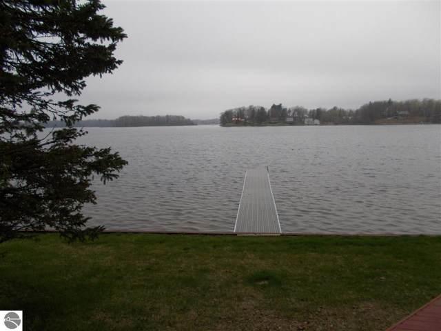 797 N Lakeview, Hale, MI 48739 (MLS #1886688) :: Brick & Corbett