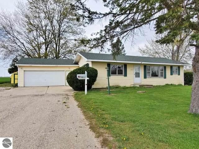 7951 N Wisner Road, Breckenridge, MI 48615 (MLS #1886757) :: Boerma Realty, LLC