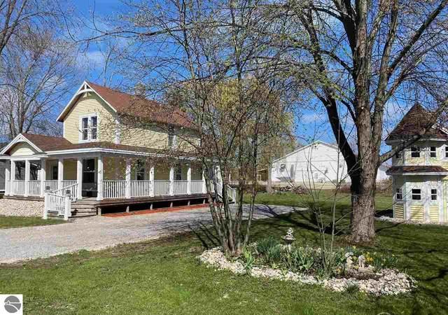 409 Cedar, Elk Rapids, MI 49629 (MLS #1886768) :: CENTURY 21 Northland