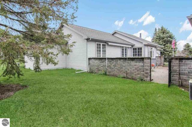 12064 S Elk Run, Traverse City, MI 49684 (MLS #1886798) :: Team Dakoske | RE/MAX Bayshore