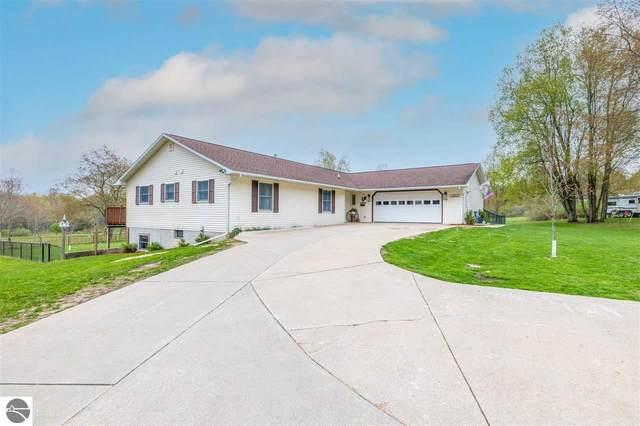 11651 Garfield Avenue, Lake, MI 48632 (MLS #1886818) :: Team Dakoske | RE/MAX Bayshore