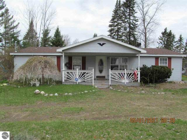 1425 E Houghton Lake Drive, Houghton Lake, MI 48629 (MLS #1886831) :: Team Dakoske | RE/MAX Bayshore