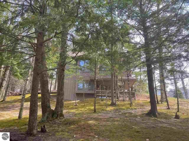 1 Hawks Nest, Glen Arbor, MI 49636 (MLS #1887010) :: CENTURY 21 Northland