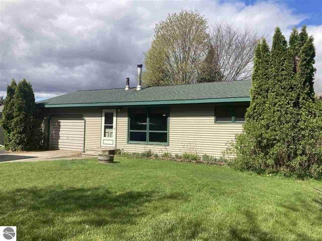 6384 N Reynolds Road, Lake Ann, MI 49650 (MLS #1887095) :: CENTURY 21 Northland